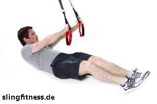 sling-training_Bauch_Assisted Crunch, Arme zur Seite mit Beine ranziehen_1