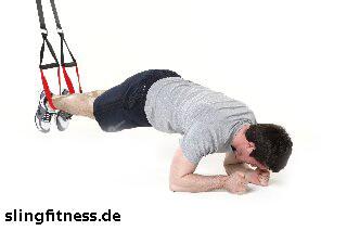 sling-training_Bauch_Recrunch auf Ellenbogen mit Pike_1