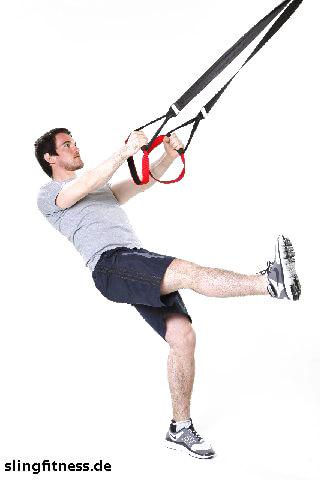 sling-training_Beine_Kniebeuge_einbeinig mit Kick_2