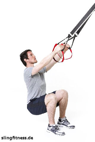 sling-training_Beine_Squat_Arme gestreckt_2